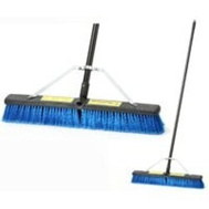 Simple Spaces 93200 Push Broom W/Brace 24In Medium