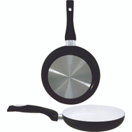 Dura Kleen 8124-BK Fry Pan 9.5In Crmc Coated Blk
