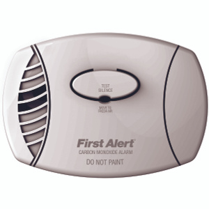 First Alert CO605 Co Alarm Ac Plug In And 9 Volt Batt