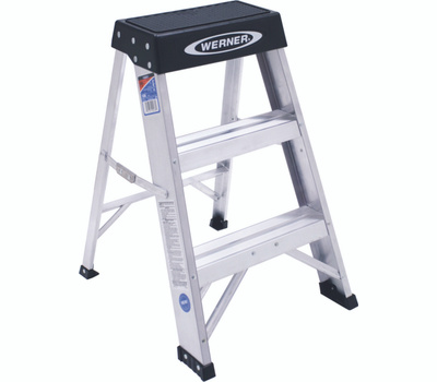 Werner 150B Craft Master 2 Foot 300 Pound Rated Industrial Grade Aluminum Step Stool