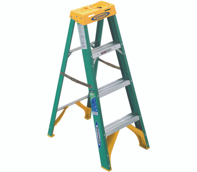 Werner 5904 4 Ft Fiberglass Step Ladder