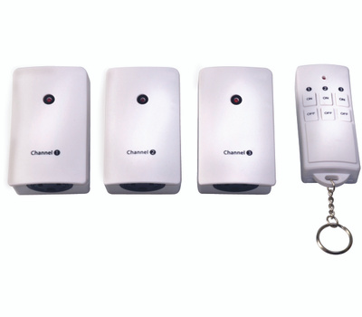 Coleman Cable 13569 Indoor 3-Outlet Wireless Remote Converter Kit