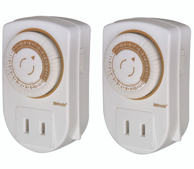 Southwire 50006 Woods Indoor 24 Hour Mechanical Timer Combo
